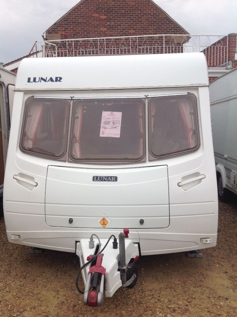 Lunar ultimate special edition 2003 4 berth full awing