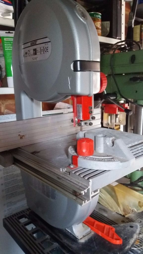 Band Saw plus 5 new blades