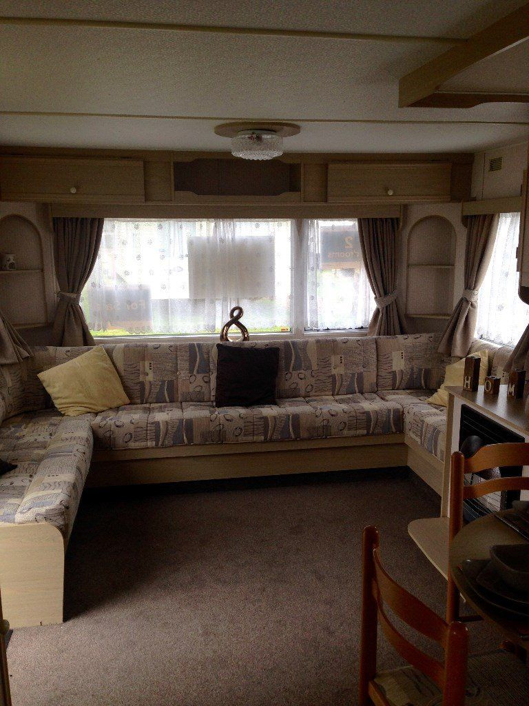 PRE-OWNED IMMACULATE 2 BEDROOM CARAVAN - HOLIDAY HOME FOR SALE