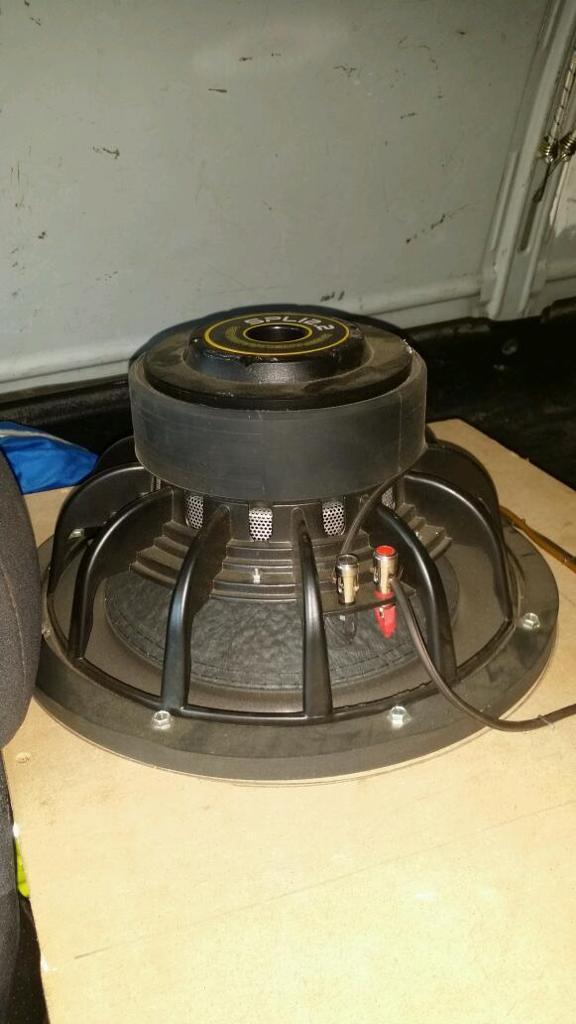 Sound system, subwoofers amplifier and custom box!! Offers