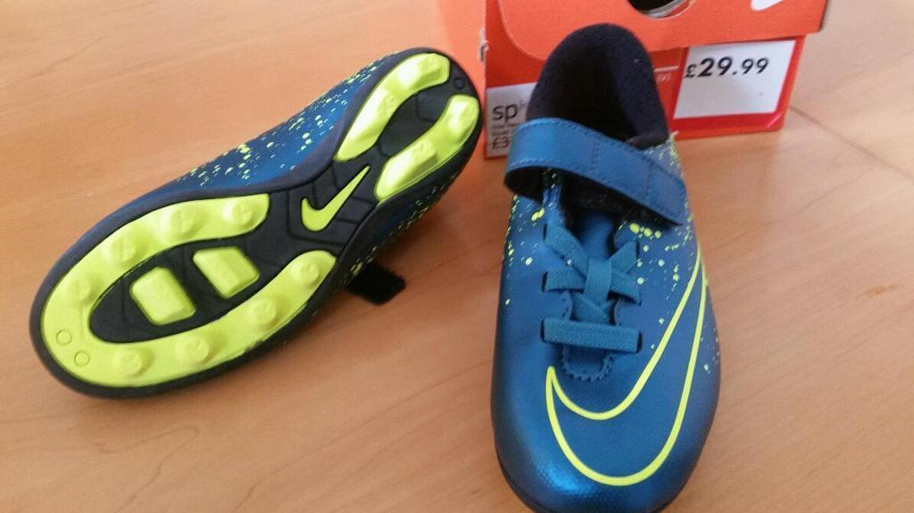 Brand new Nike Merc Vortex football boots