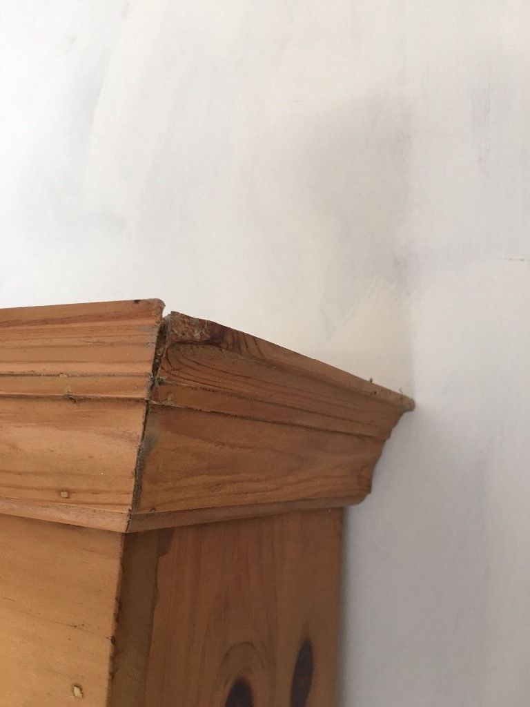 Solid pine Welsh dresser top/wall mounted bookshelves/or plate rack