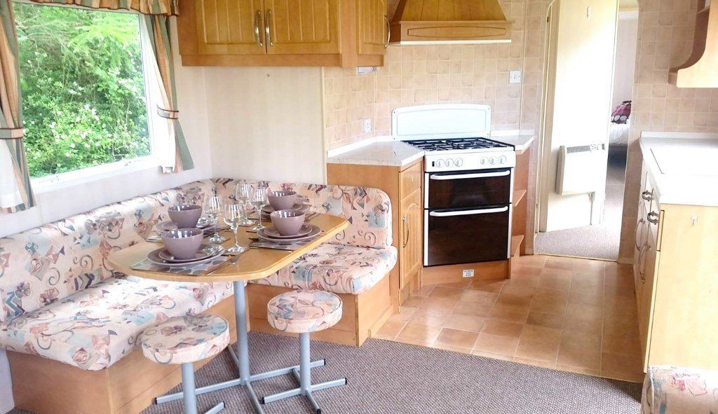 8 berth static caravan with 3 bedrooms for sale on the Isle of Wight