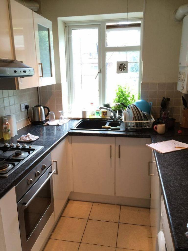 BARGAIN!! DOUBLE ROOM IN ESAT FINCHLEY *** ALL BILLS, CLEANING, MAINTENANCE INCLUDED !!!!!!