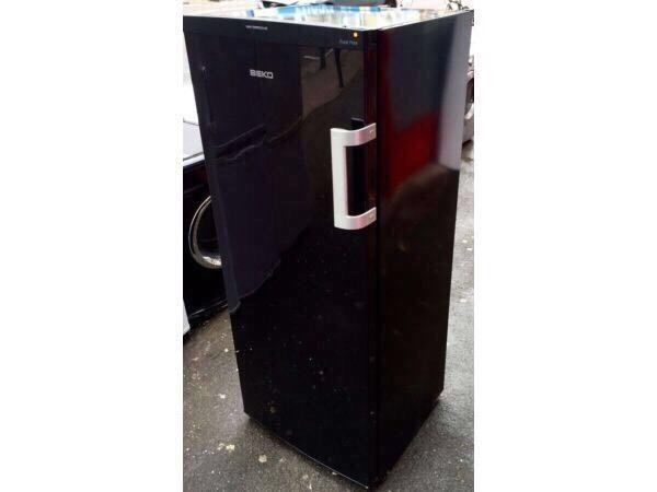 *****BEKO AS NEW TALL BLACK FREEZER INCLUDES 6 MONTHS GUARANTEE