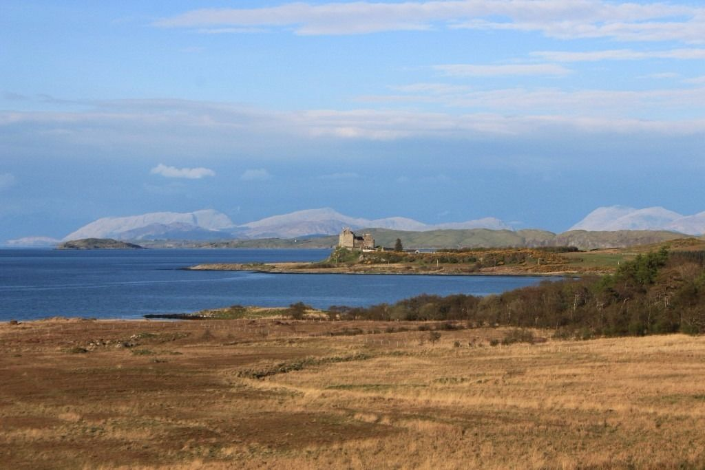 Duart Castle, Isle of Mull looking for FT staff for LIVE IN position end August to mid October 2016