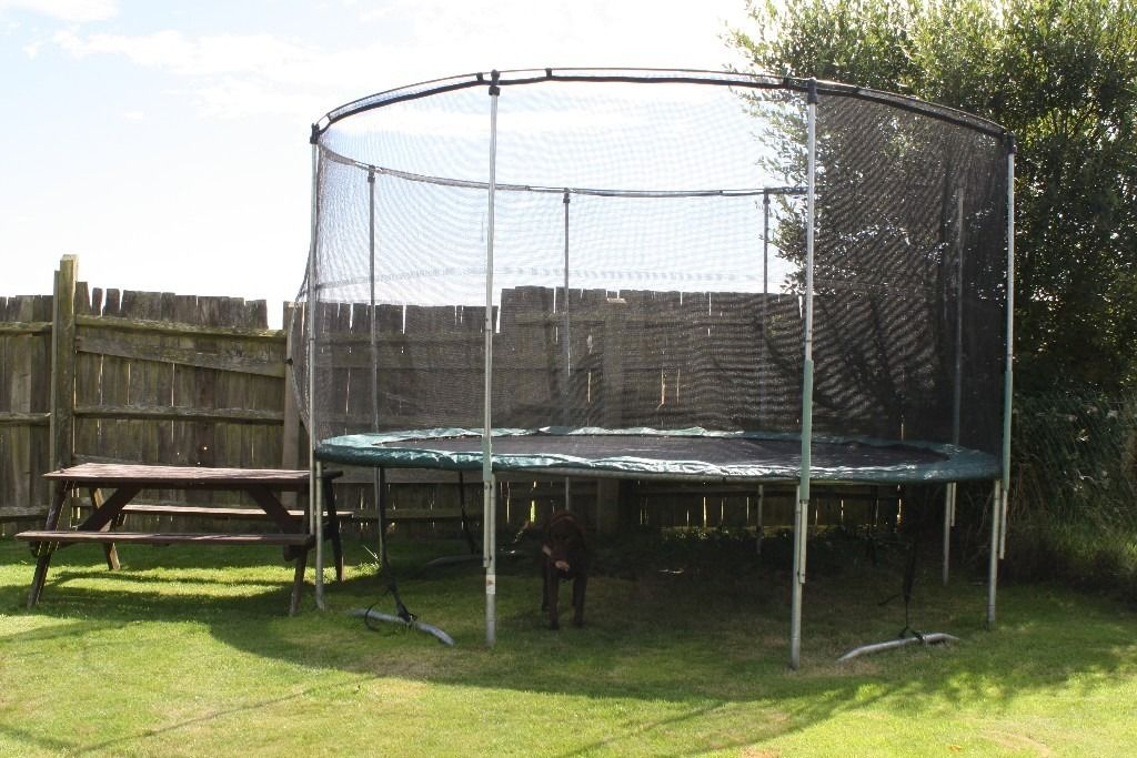 Rebo Fun Jump 12FT Trampoline With Enclosure * AVAILABLE IN SEPTEMBER *