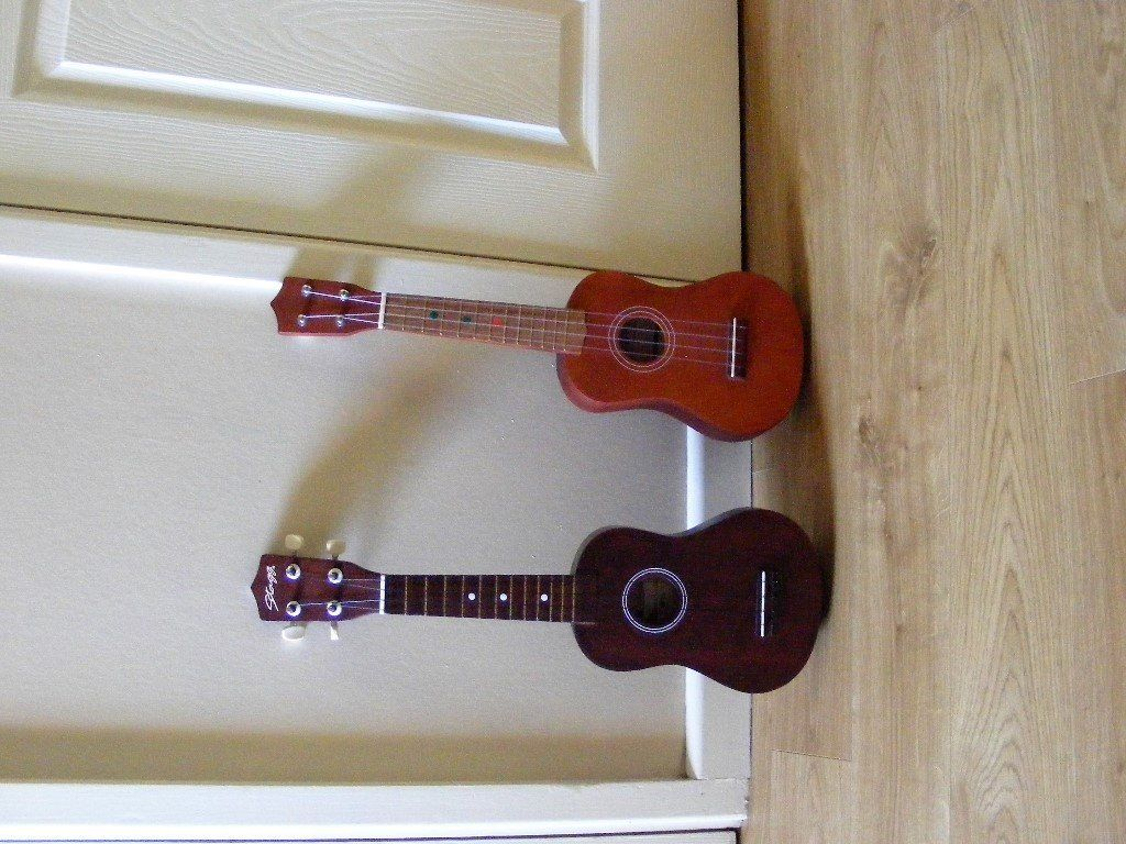 UKULELE 'CHANTRY' and UKULELE 'STAGG'