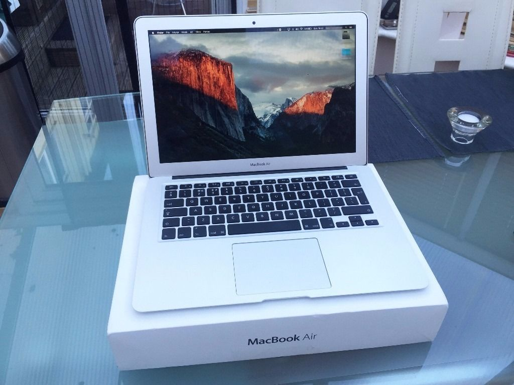 MacBook Air Mid 2013 (Mint Condition)