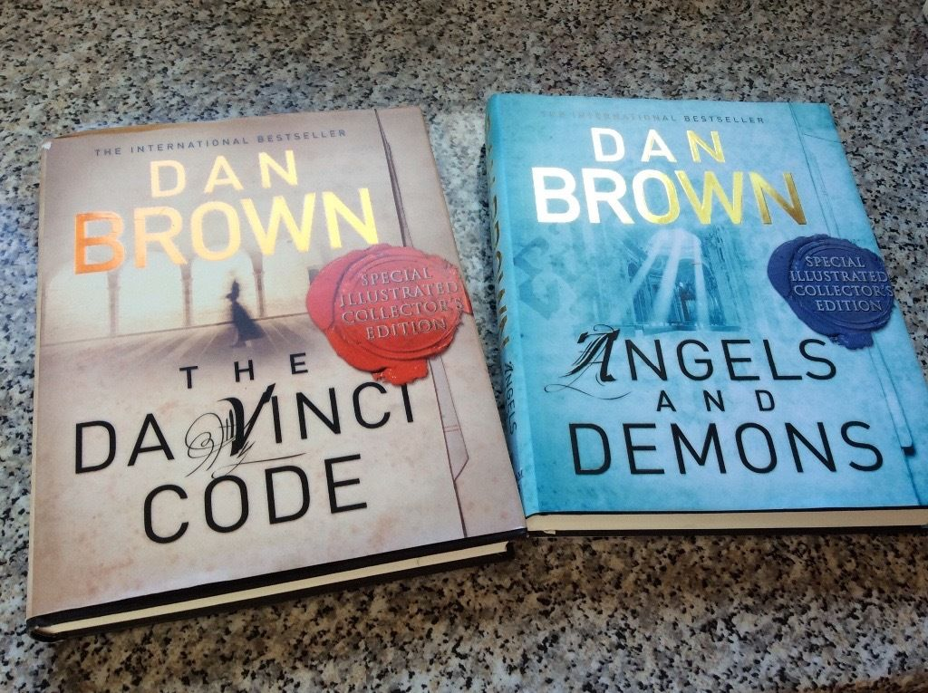 Dan Brown hardback books x2 perfect condition