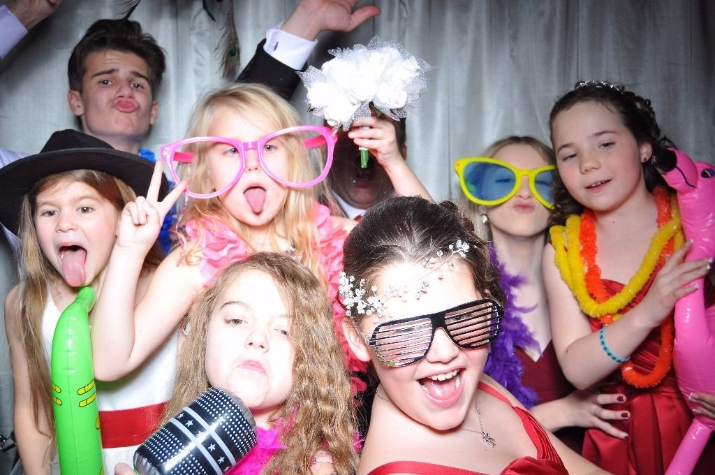 Photo Booth Hire Manchester - SPECIAL OFFER!!! Manchester Photo Booth Hire