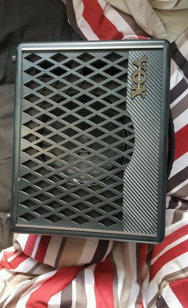 Vox 30watt amplifier with cables, like new