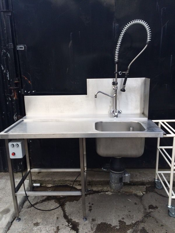 Commercial dishwasher sink