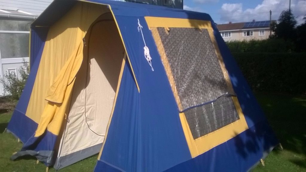 LOVELY SUNNCAMP VILLA 4 BERTH TENT IN EXCELLENT CONDITION