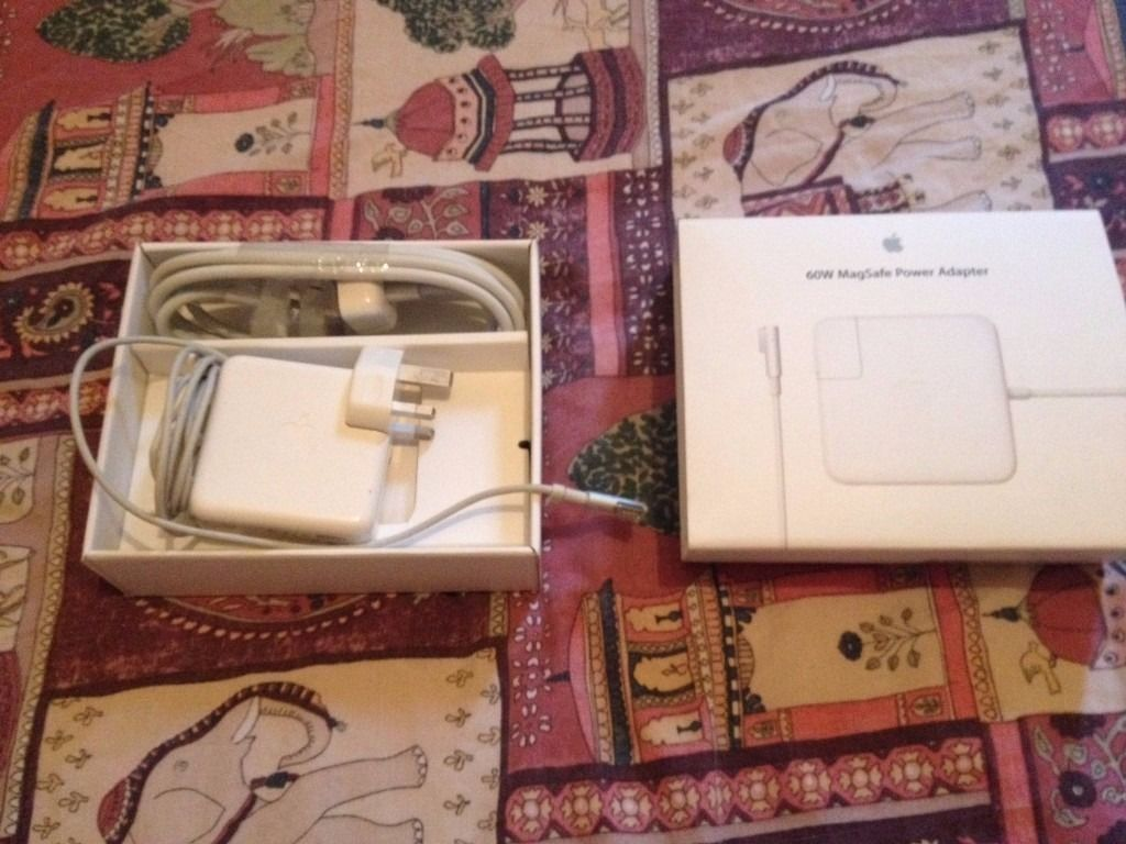 Genuine Original Apple 60w Magsafe1 Charger