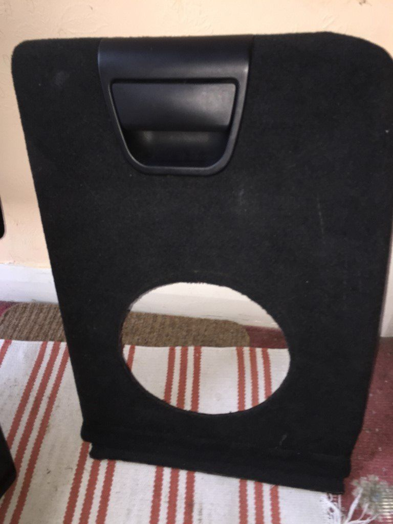 BMW X5 side compartment flap E53