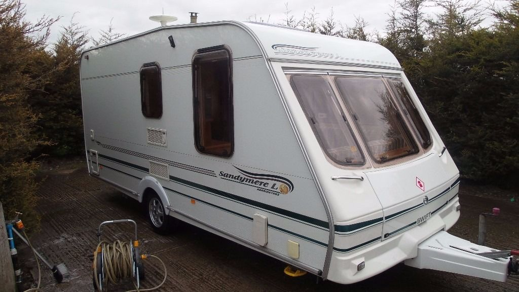 2002 Swift Sandymere L 2 Berth Caravan Great Condition Incl. Awning and All Accessories