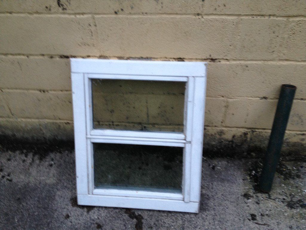 free 2 x wooden window frames with double glazing