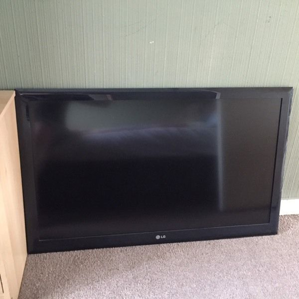 42 inch Lg plasma TV for sale