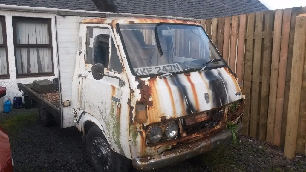 Toyota RH11 HI ACE camper or remains of one