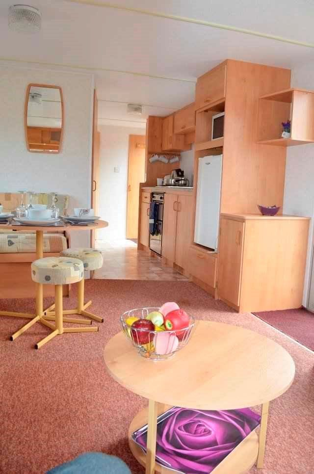 Lovely Two Bed Carvan, Ideal for the Family - Situated In Everyones Favourite Park in Southerness