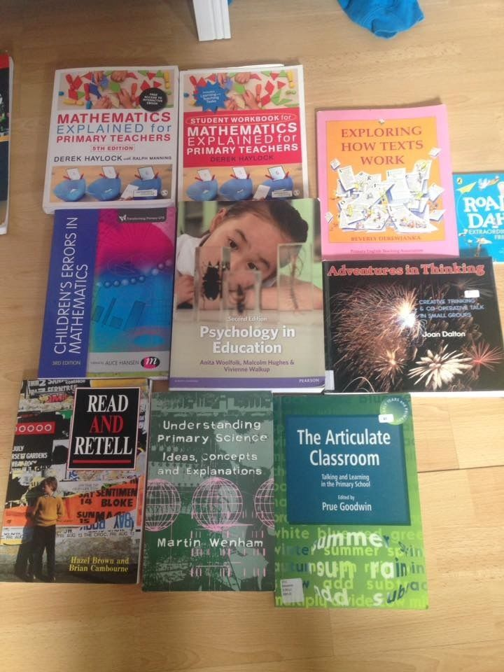 22 PGDE Primary Teaching Books