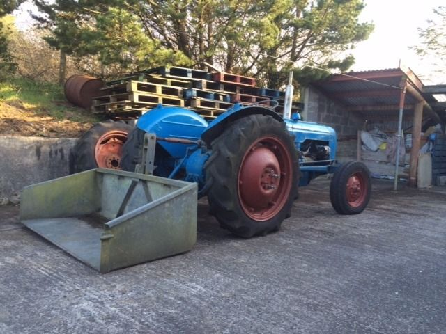 Enfo Fordson Dexta 1959 with Galvanised Link Box and Double Wheels