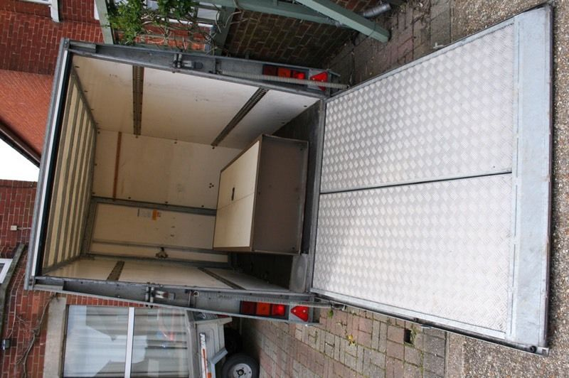 Box trailer hire (KEEN RATES)