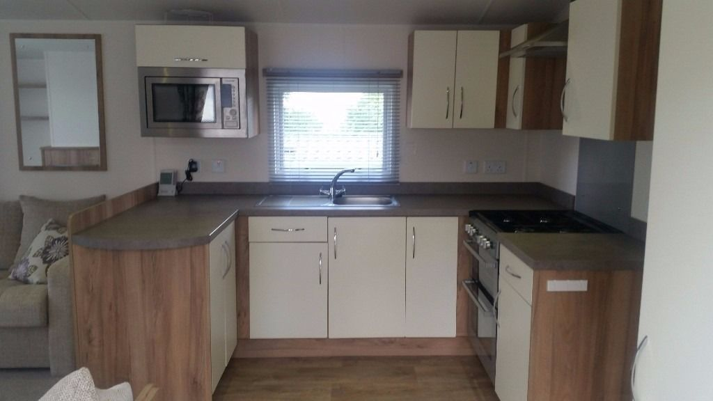 STATIC CARAVAN FOR SALE IN NORTH WALES- SNOWDONIA ON BRYNTEG 5* PARK WITH LARGE DECKING -LOW DEPOSIT