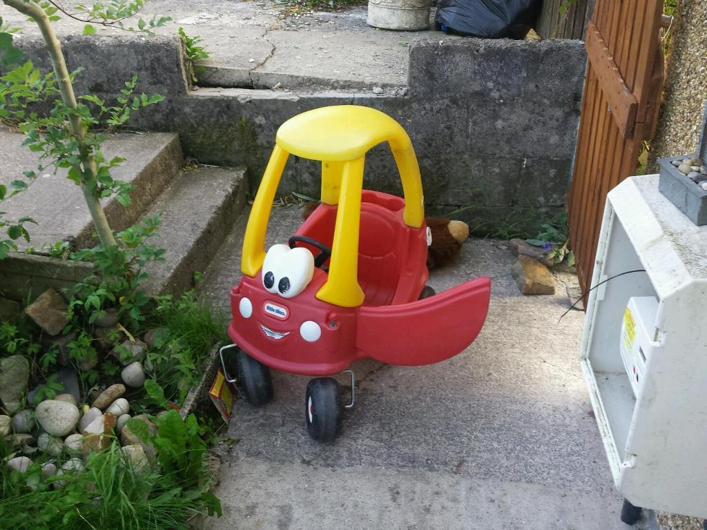 Little tykes car
