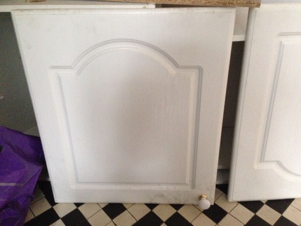 3 kitchen wall cabinets
