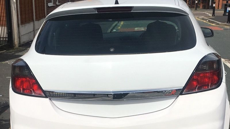 Astra rear lights and boot trim