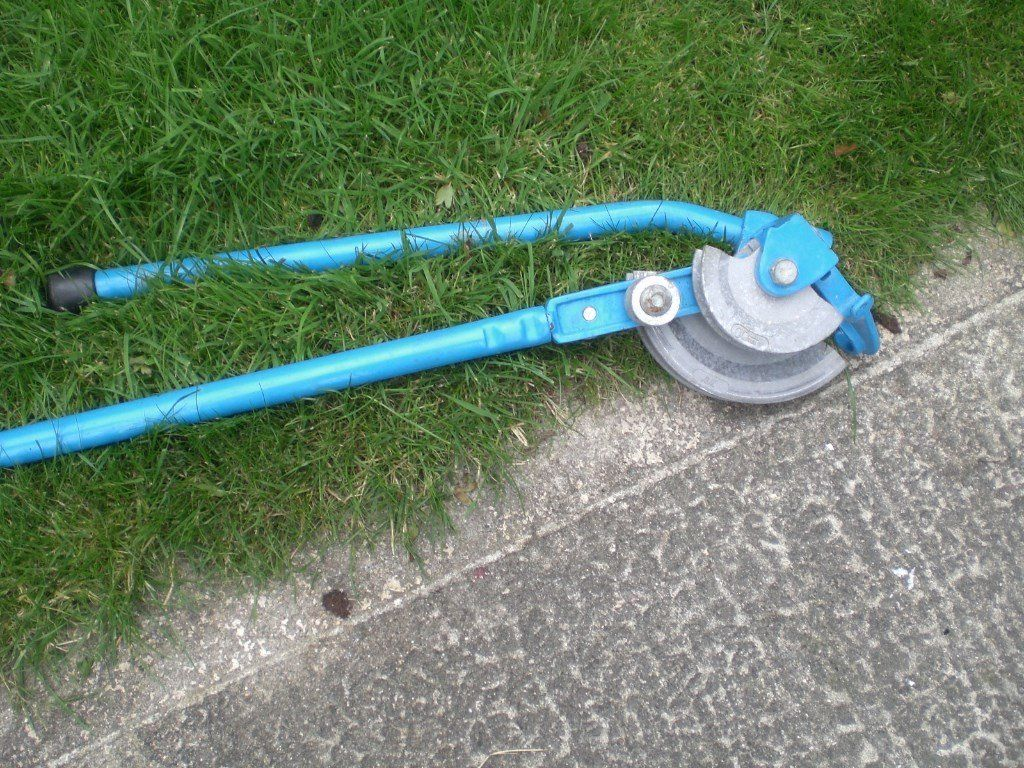 PIPE BENDER NEW NEVER USED