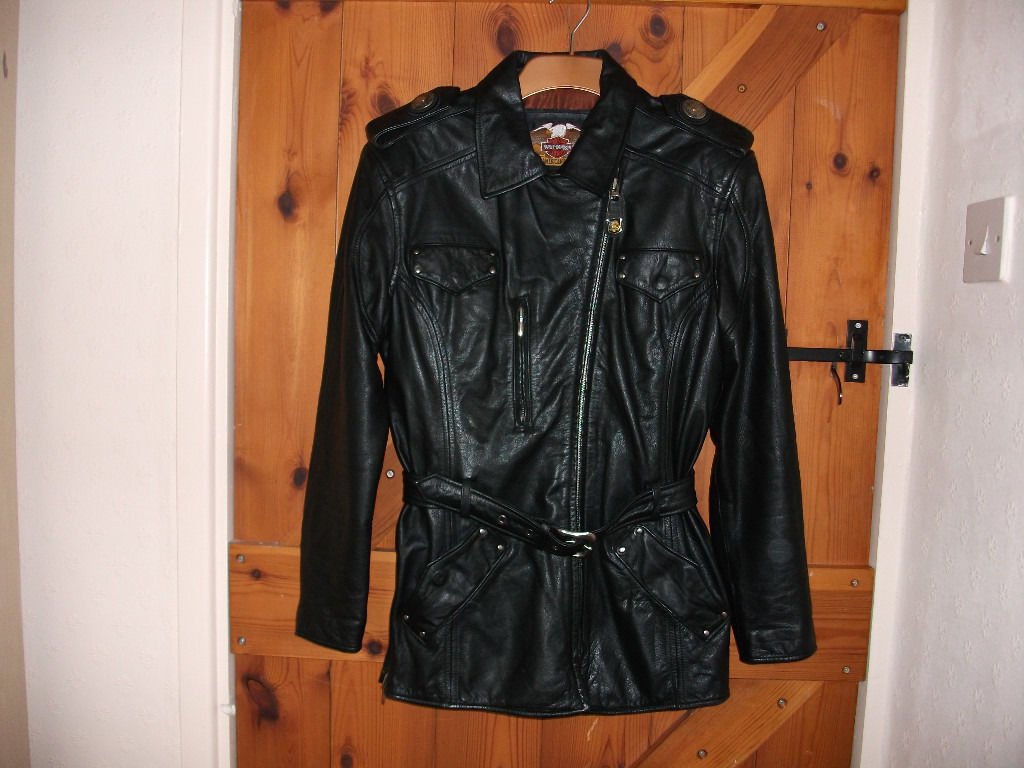 HARLEY DAVIDSON LADIES JACKET SIZE 10 LOVELY SOFT LEATHER WITH A BELT,SO COMFORTABLE