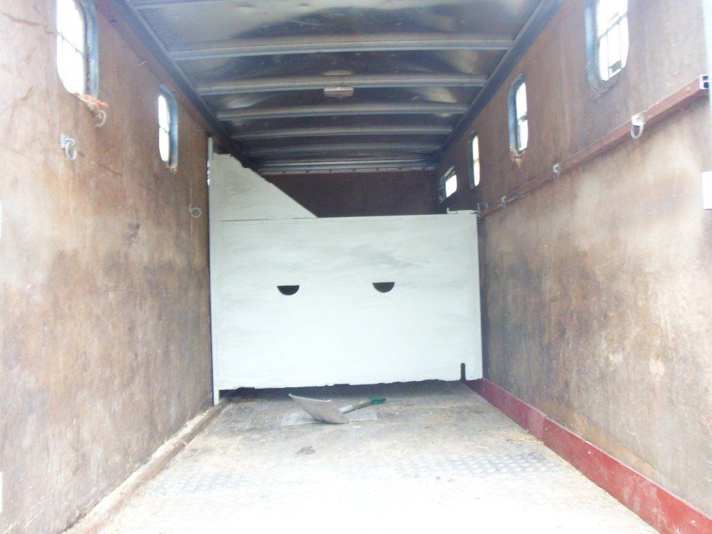 horse box 16ft 3,5t 2003 mot drives 100%