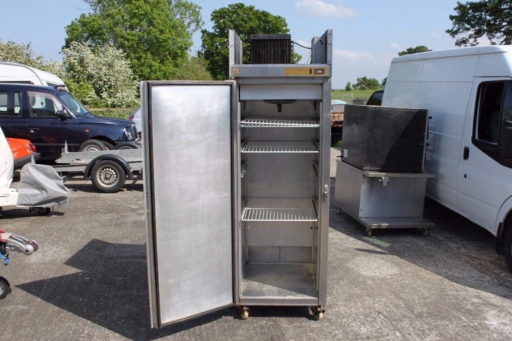 """Foster """" New Gastronorm """" Single Fridge ** Spares Or Repair ** Needs Re-gas **"""