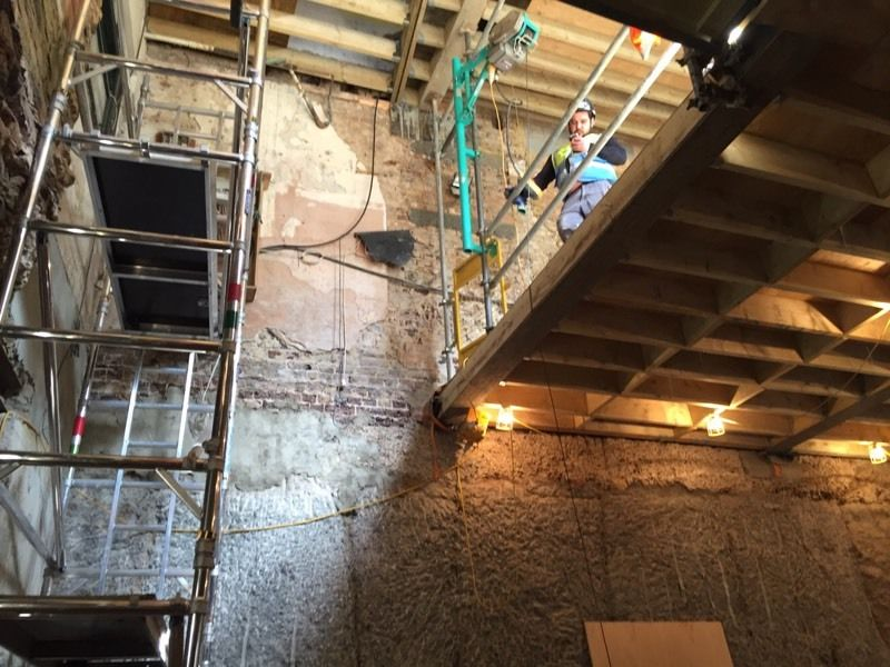 Looking for a Italian plasterboarder