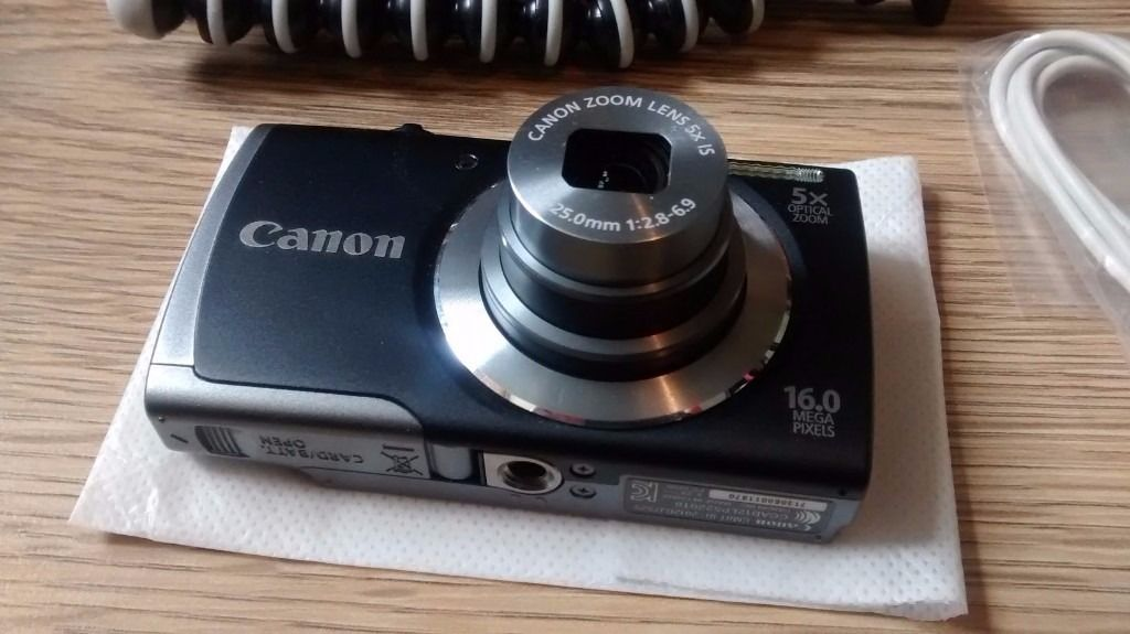 Canon Powershot A3500IS digital camera with gorilla tripod stand