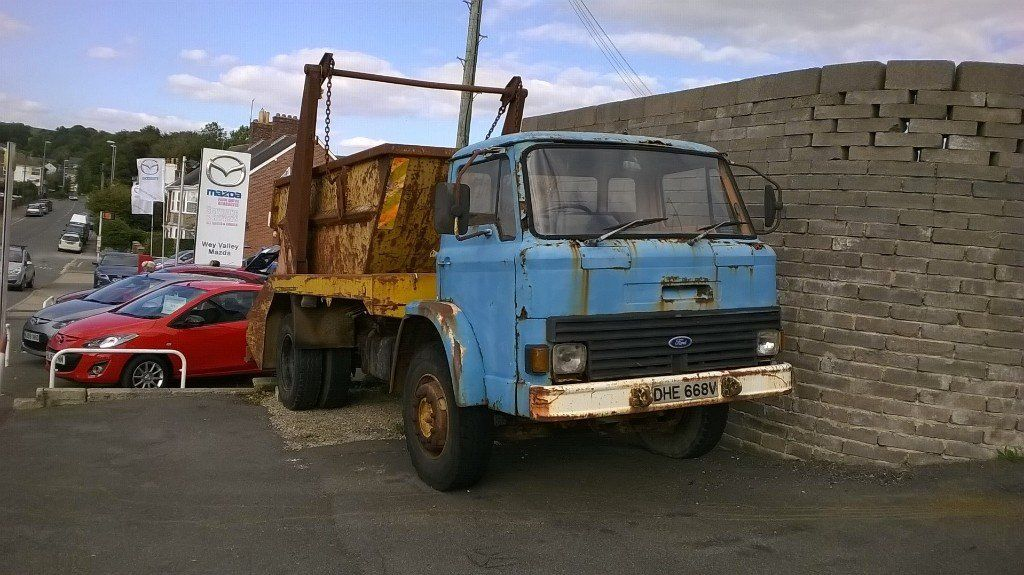 Ford D Series Skip Lorry