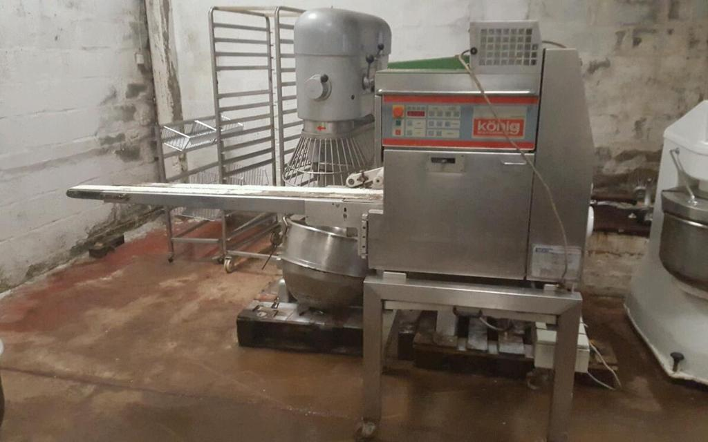 Bakery equipment. Koneig 2 pocket minirex roll plant.