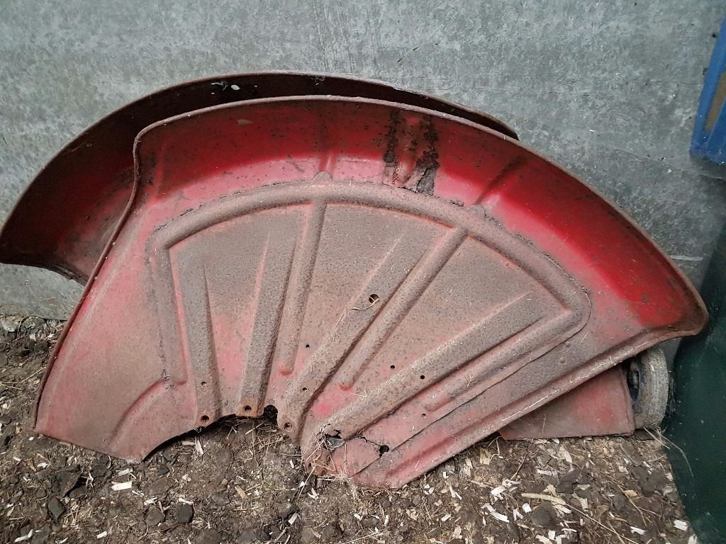 Original wings David Brown 880e implimatic vintage tractor 1965 Offers
