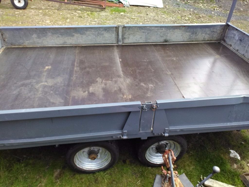 Bateson 12x6½ ft flatbed with dropsides 3500kg