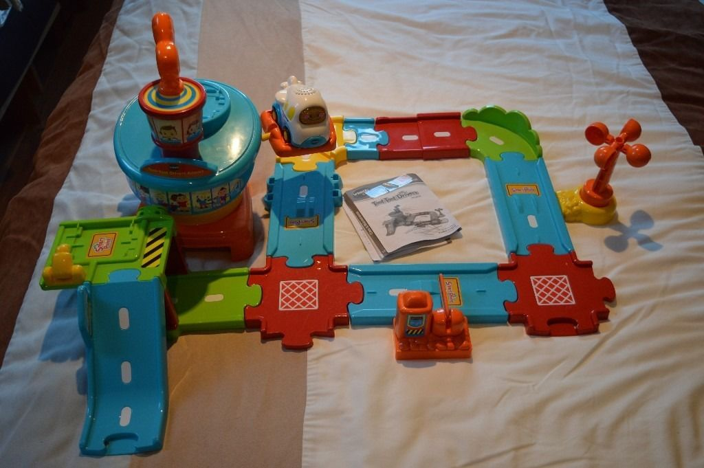 VTech Baby 'Toot Toot' – Airport Set