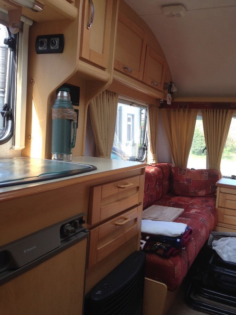 4 Berth Elddis Avante 524 caravan for sale in excellent condition