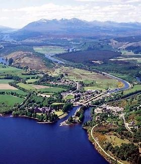 Live and Work in Loch Ness - For 1 person or couple/friends