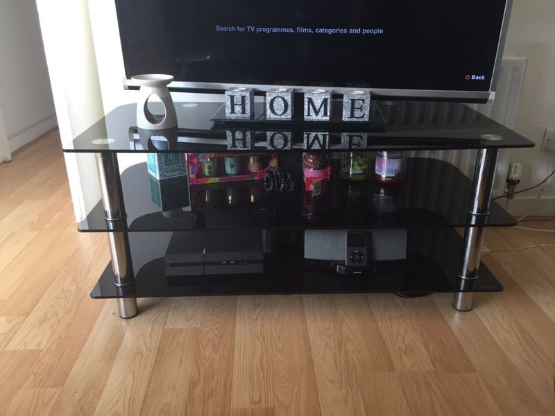 Large glass tv caninet