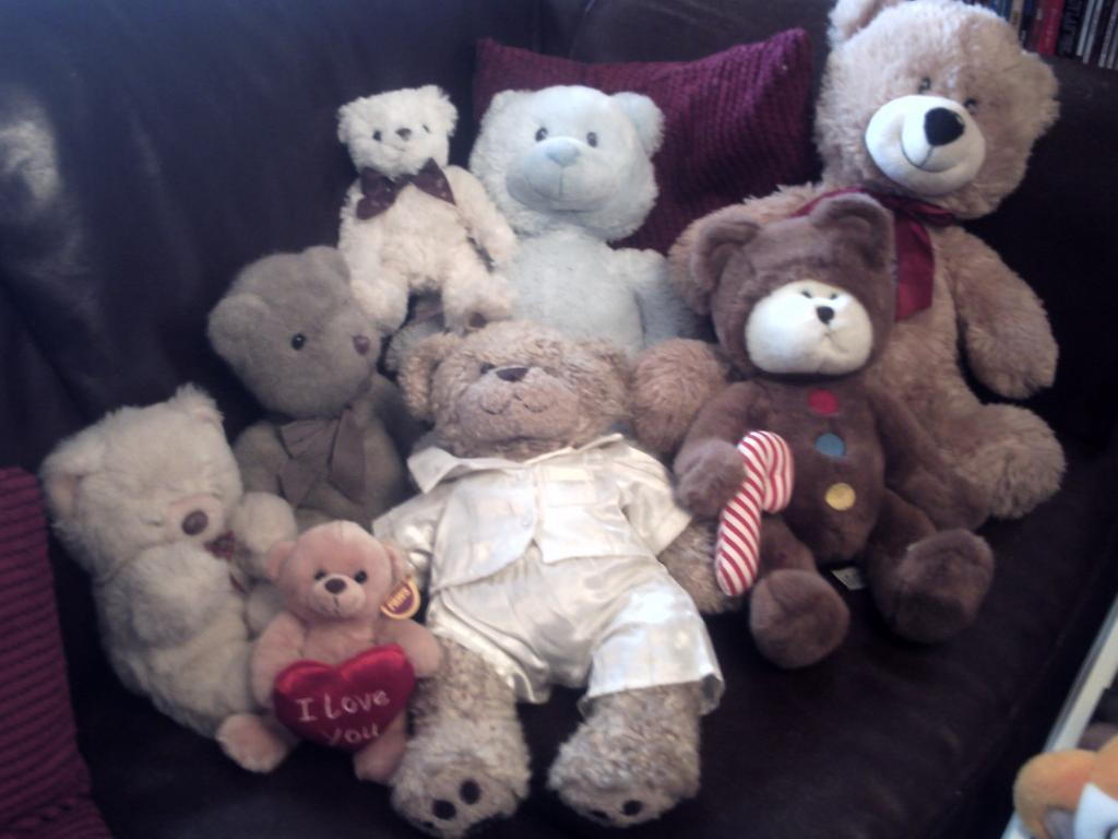 Collection of Teddy Bears..Most large..all very nice condition..