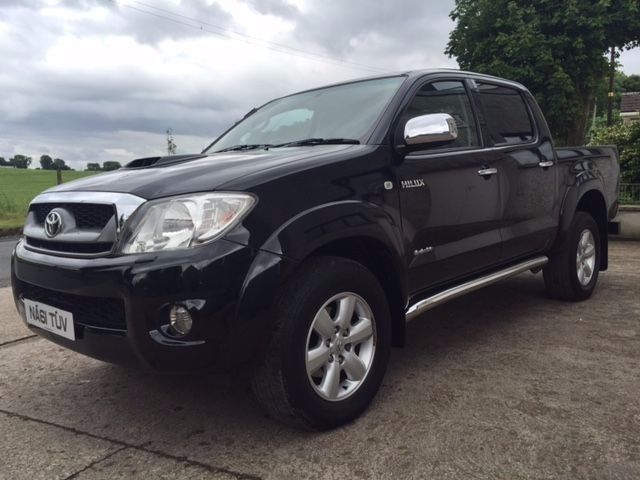 TOYOTA HILUX INVINCIBLE 3.0 D4D LATE 2011