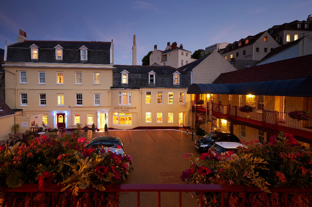 Housekeeping/Laundry Assistant for Guernsey Hotel