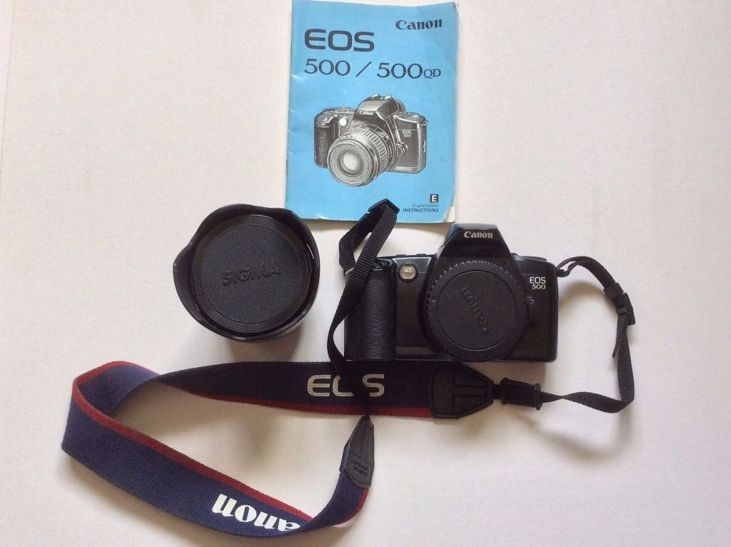 Canon EOS 500 QD Film Camera Body with Sigma 18mm lens And Instructions Manual (Can Post)